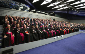 arcybiskupi biskupi