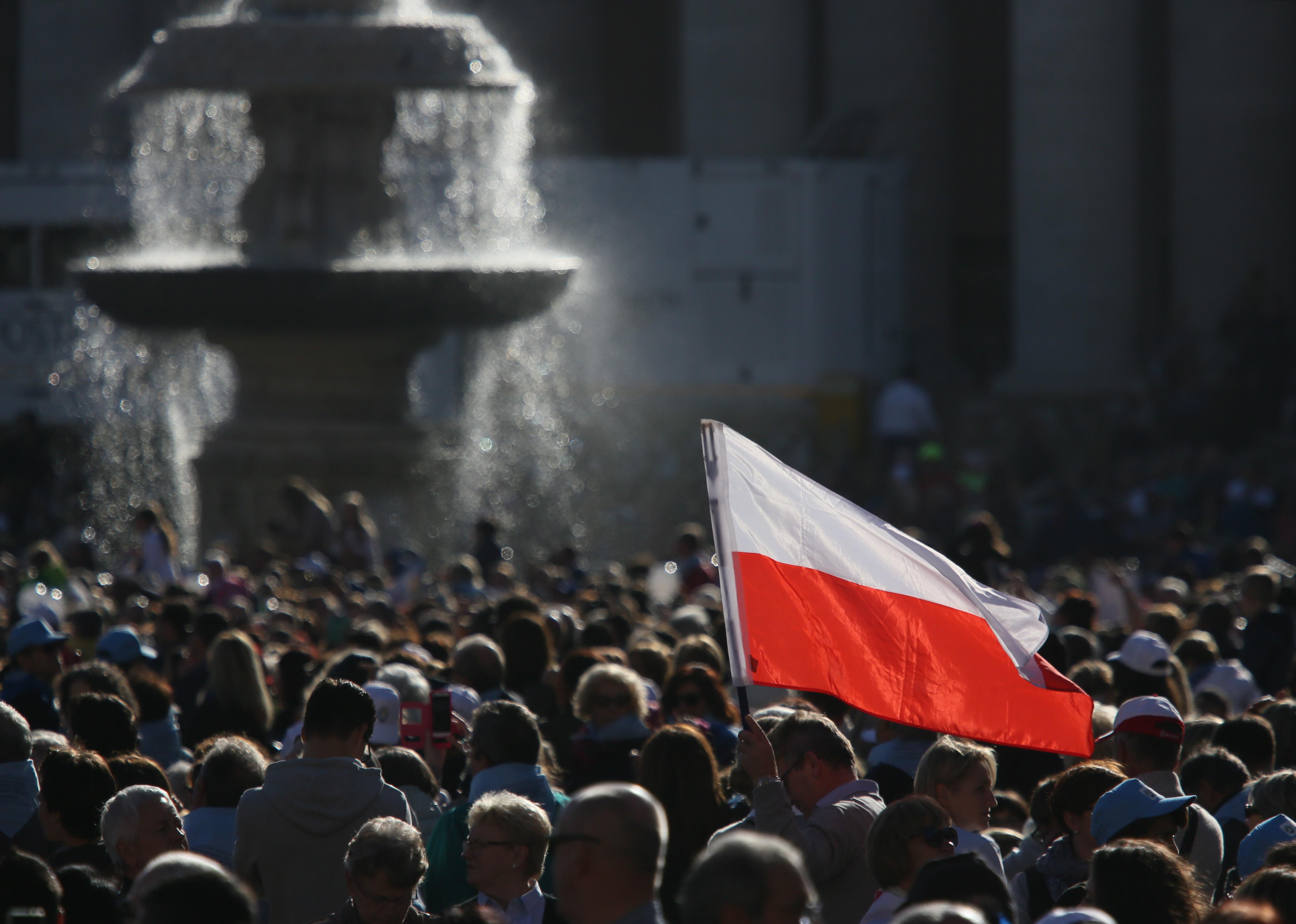 Trzeci dzień Narodowej Pielgrzymki. Polacy uczestniczyli w audiencji generalnej papieża Franciszka (fot. Leszek Szymański/PAP)