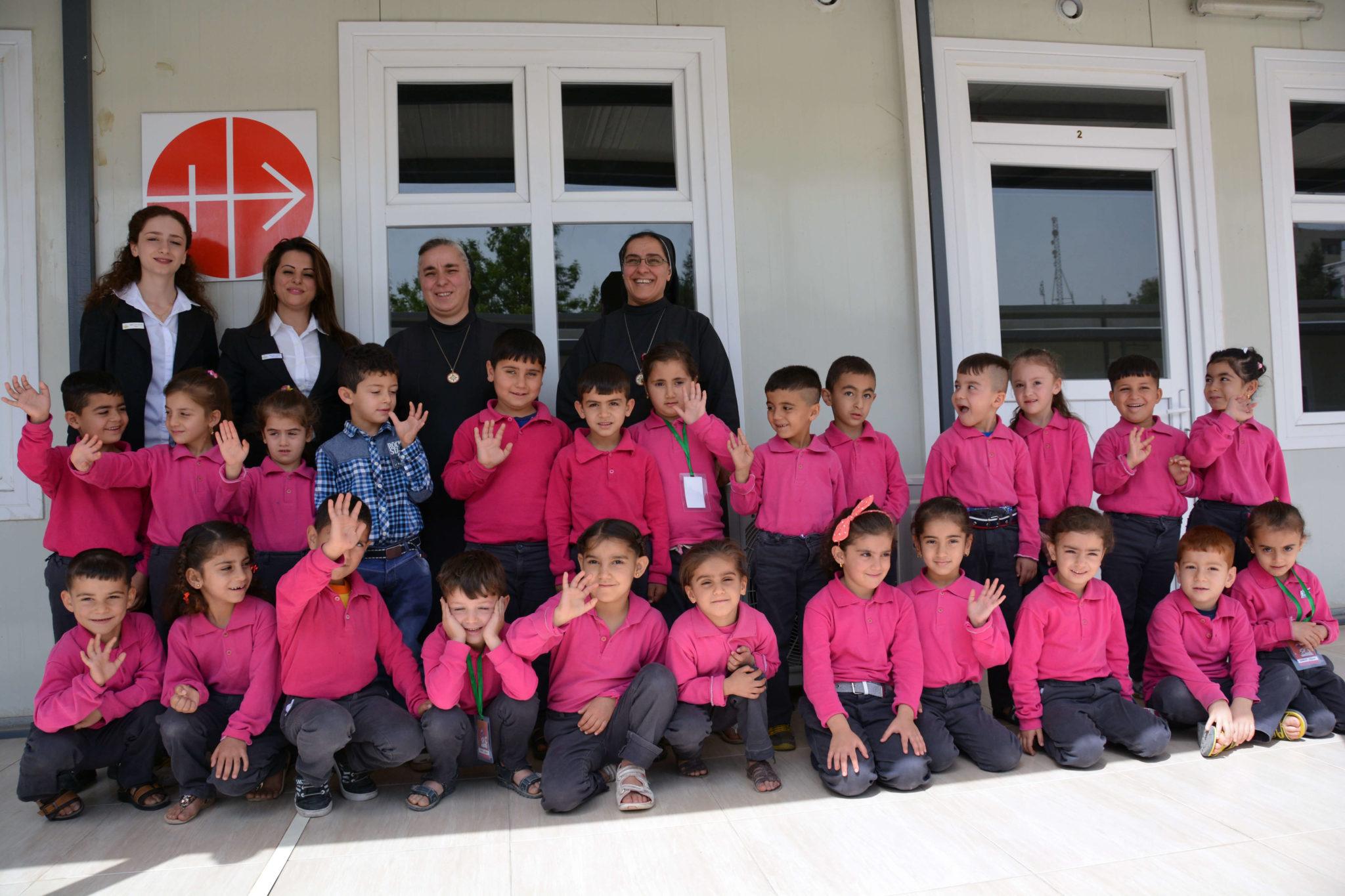 Irak: dzieci ze szkoły w obozie dla uchodźców