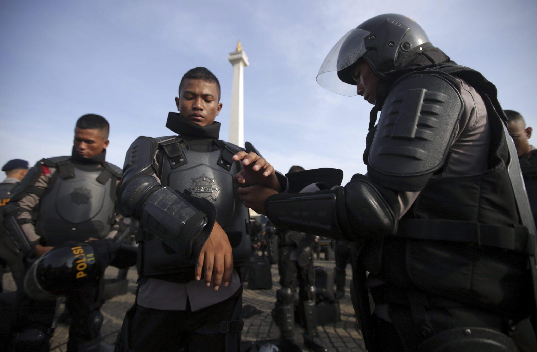 Indonezja: ćwiczenia indonezyjskiej armii w Dżakarcie przed wyborami prezydenckimi (PAP/APA / Bagus Indahono)
