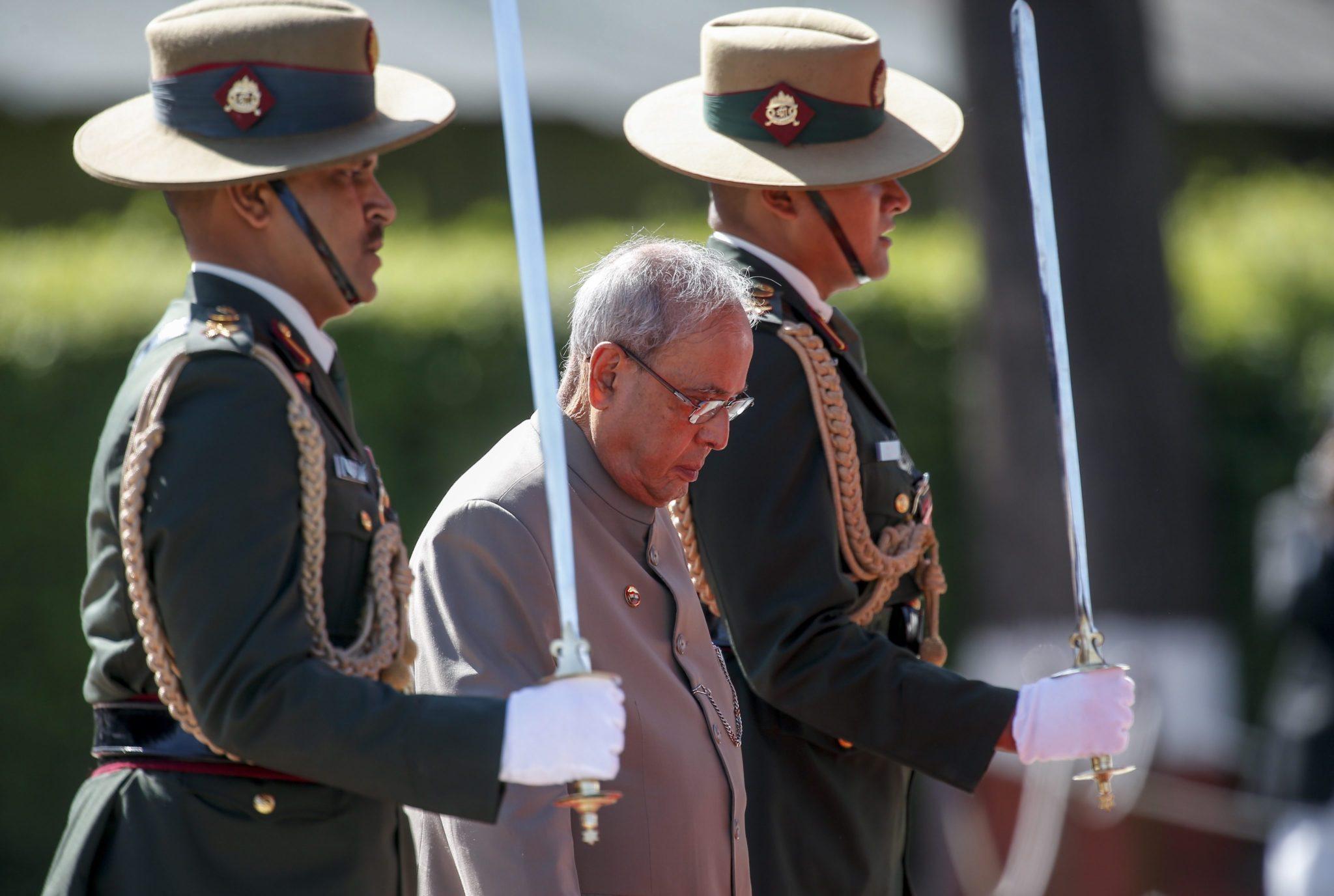 Nepal: wizyta prezydenta Indii Pranab Mukherjee (foto. PAP/EPA/NARENDRA SHRESTHA)
