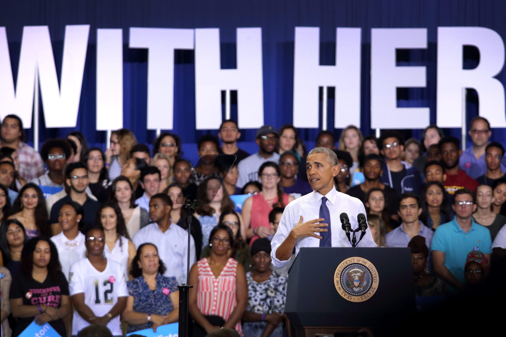 Prezydent Barack Obama podczas kampanii prezydenckiej Hillary Clinton na Florydzie. Fot. EPA/CRISTOBAL HERRERA