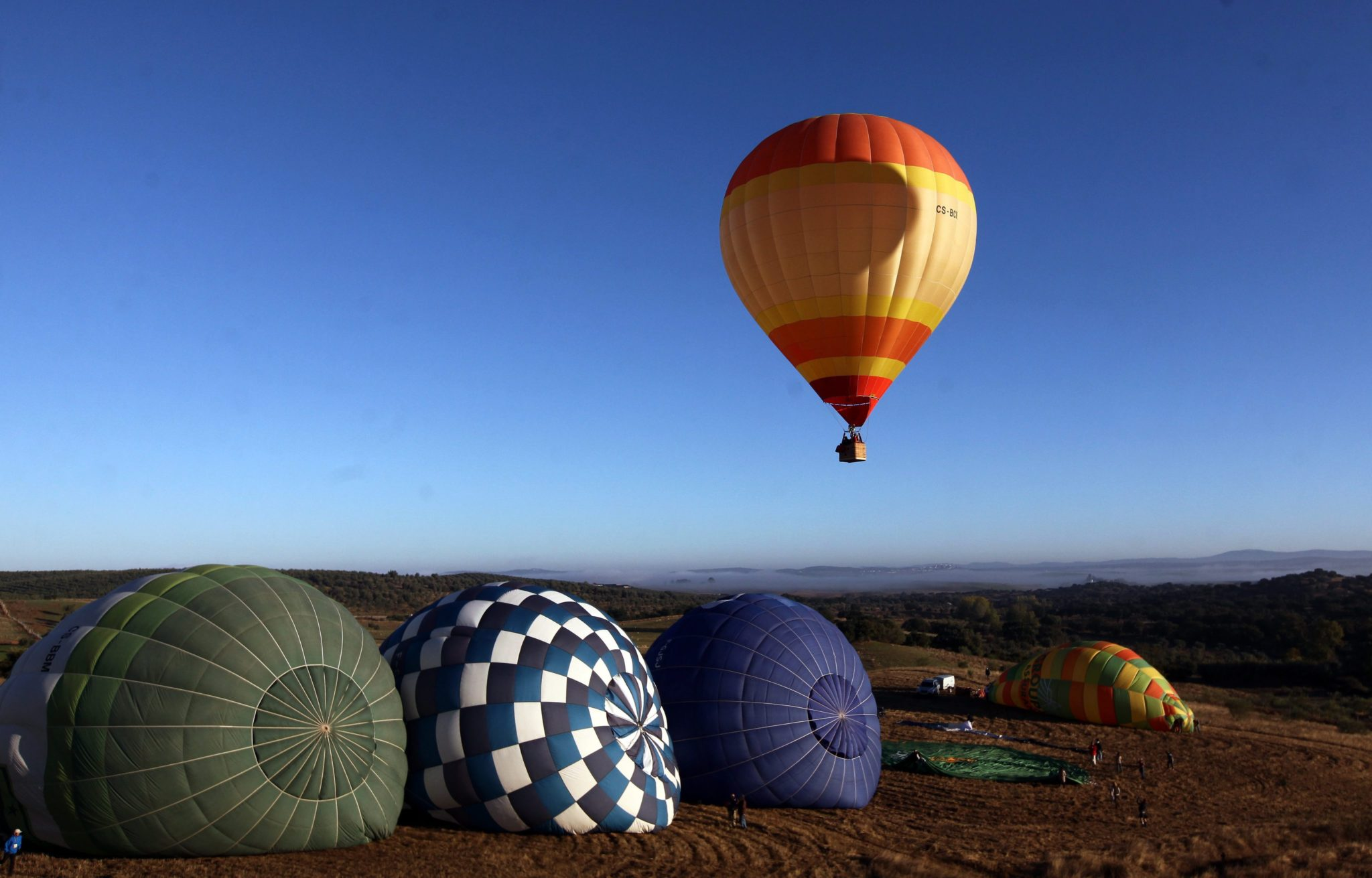 Portugalia: 20  Hot Air Balloon Festival we Fronterze (foto. EPA/NUNO VEIGA)