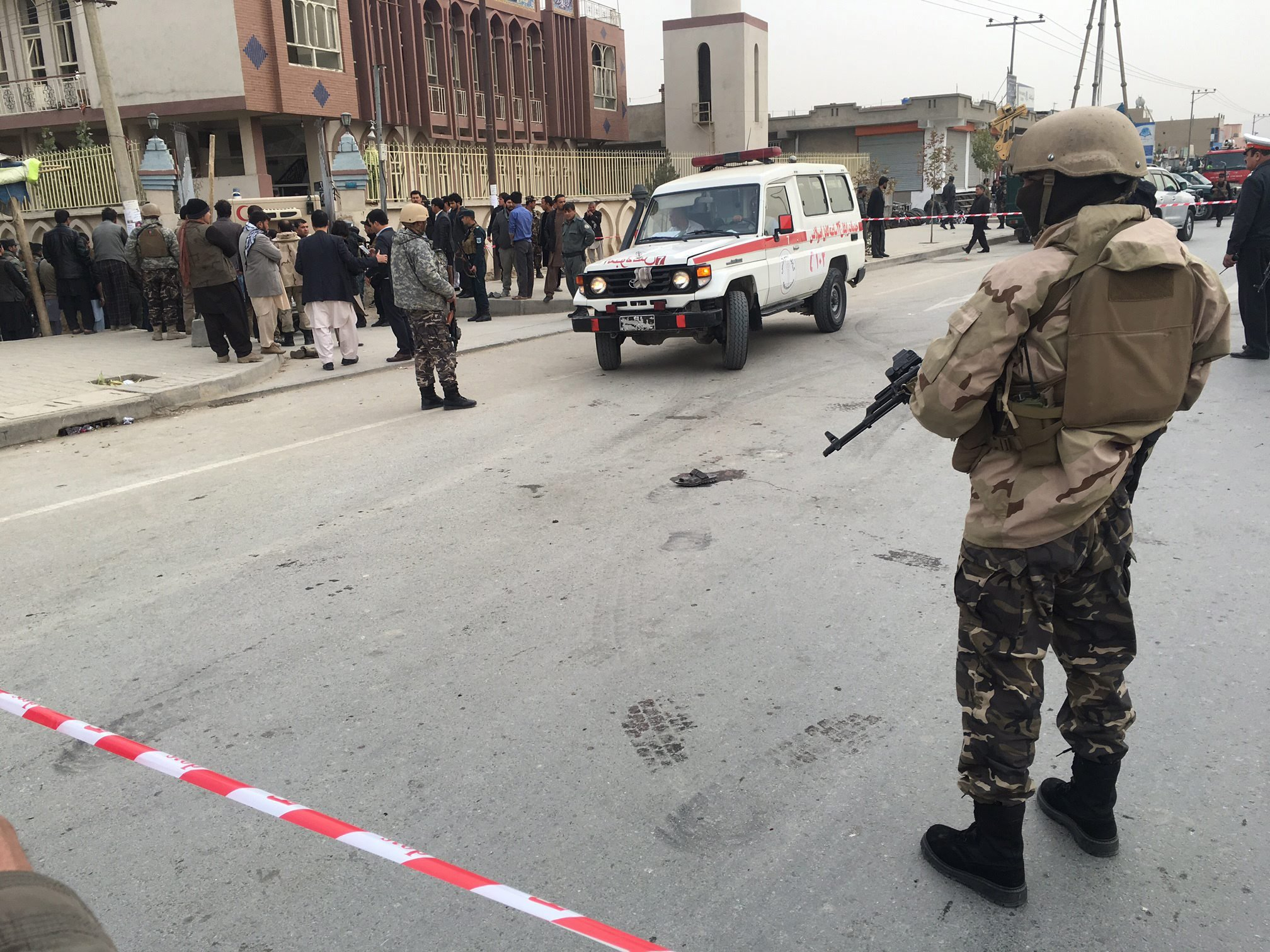 Afganistan: zamach terrorystyczny w Kabulu (foto. PAP/EPA/JAWAD JALALI)