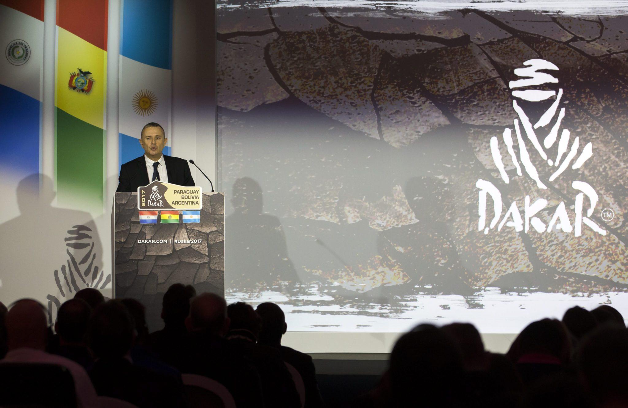Francja: prezentacja programu Rajdu Dakar 2017 w Paryżu (foto. PAP/EPA/IAN LANGSDON)