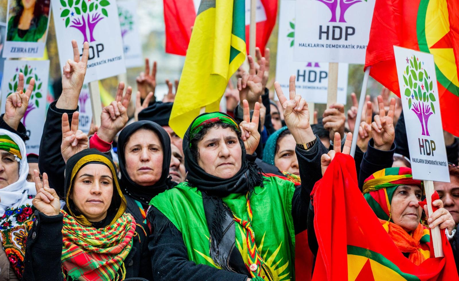 Kurdyjski protest w Belgii przeciwko tureckiemu rządowi w Brukseli. Fot.EPA/STEPHANIE LECOCQ