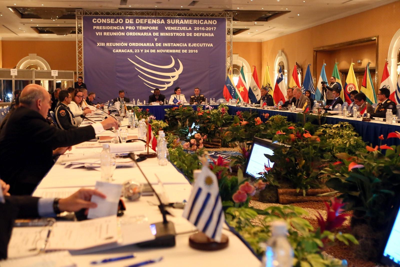 7 zwyczajne posiedzenie Rady Obrony Unii Narodów Ameryki Południowej (UNASUR) w Caracas, w Wenezueli. Fot/ PAP/EPA/VENEZUELAN NEW AGENCY AVN