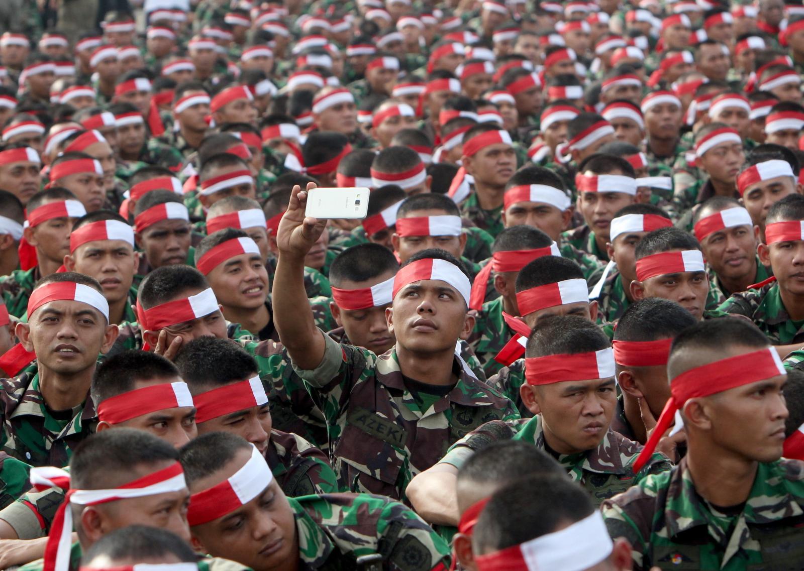 Zgromadzenie dla Jedności Narodowej w Jakarcie w Indonezji. Fot. PAP/ EPA/ADI WEDA