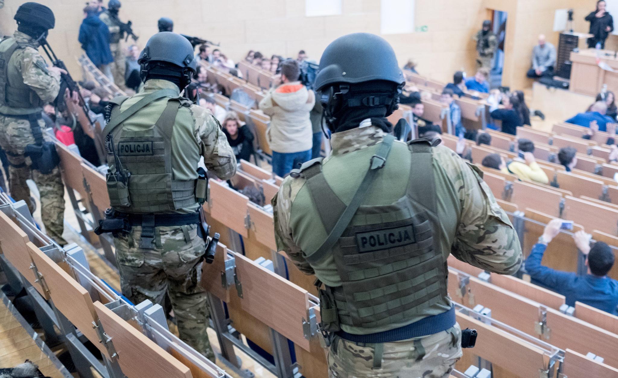 Polska: symulacja ataku terrorystycznego w Katowicach (foto. PAP/Andrzej Grygiel)