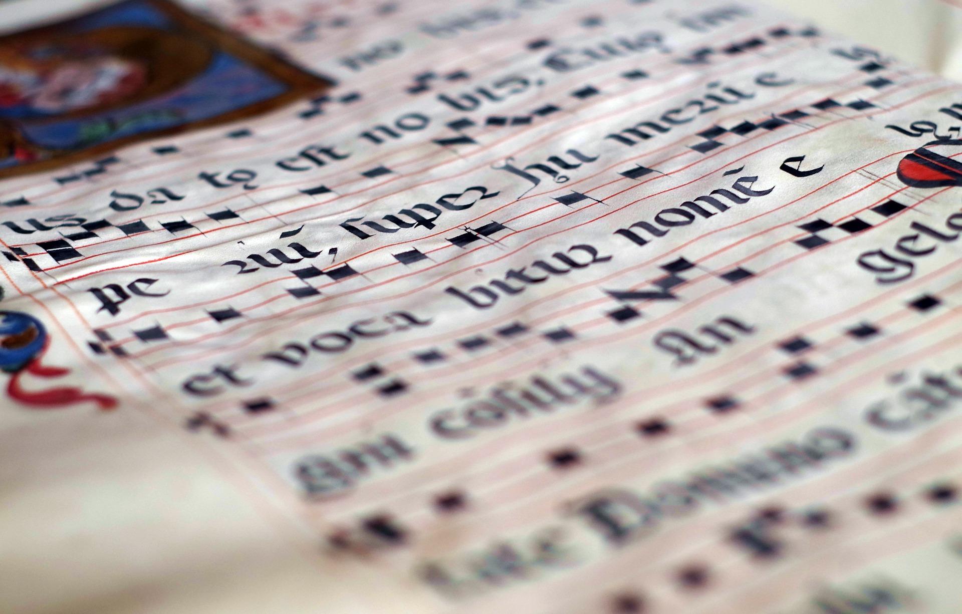 Te kolędy śpiewają wszyscy, ale czy wiesz, co tak naprawdę oznaczają ich słowa?