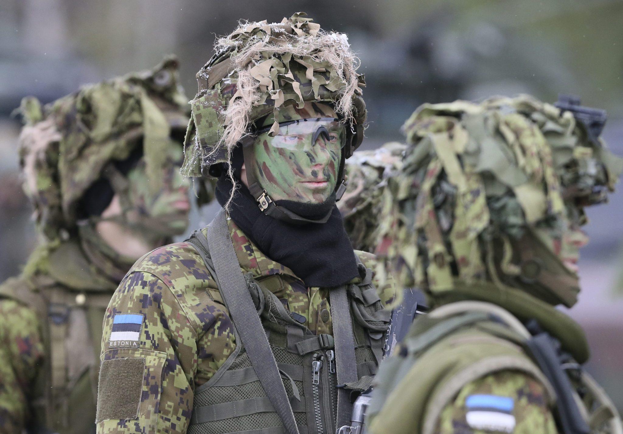 Litwa: ćwiczenia międzynarodowych wojsk NATO niedaleko Wilna (foto. PAP/EPA/OLIVIER HOSLET)