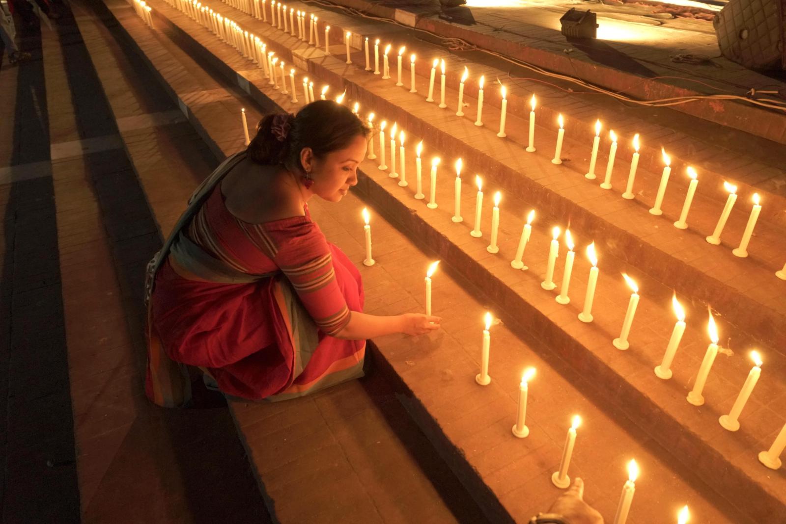 Bangladesz - upamiętnienie ofiar wojny z Pakistanem z 1971r. Fot. PAP/EPA/ABIR ABDULLAH