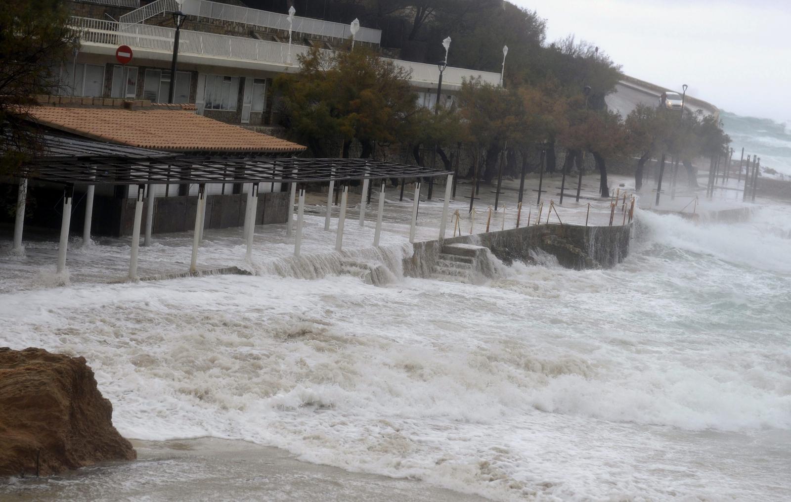 Pogoda na Majorce. Zachodni region kraju zalewają obecnie potężne deszcze.