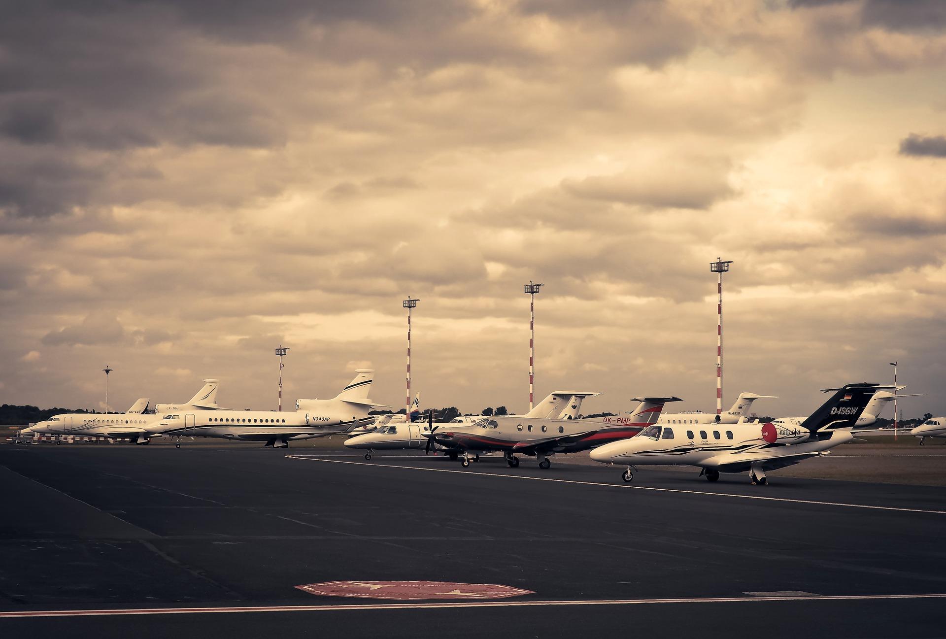 Jeśli latałeś już trochę po świecie, zapewne będziesz wiedział gdzie znajdują się lotniska z naszego quizu. Do dzieła!