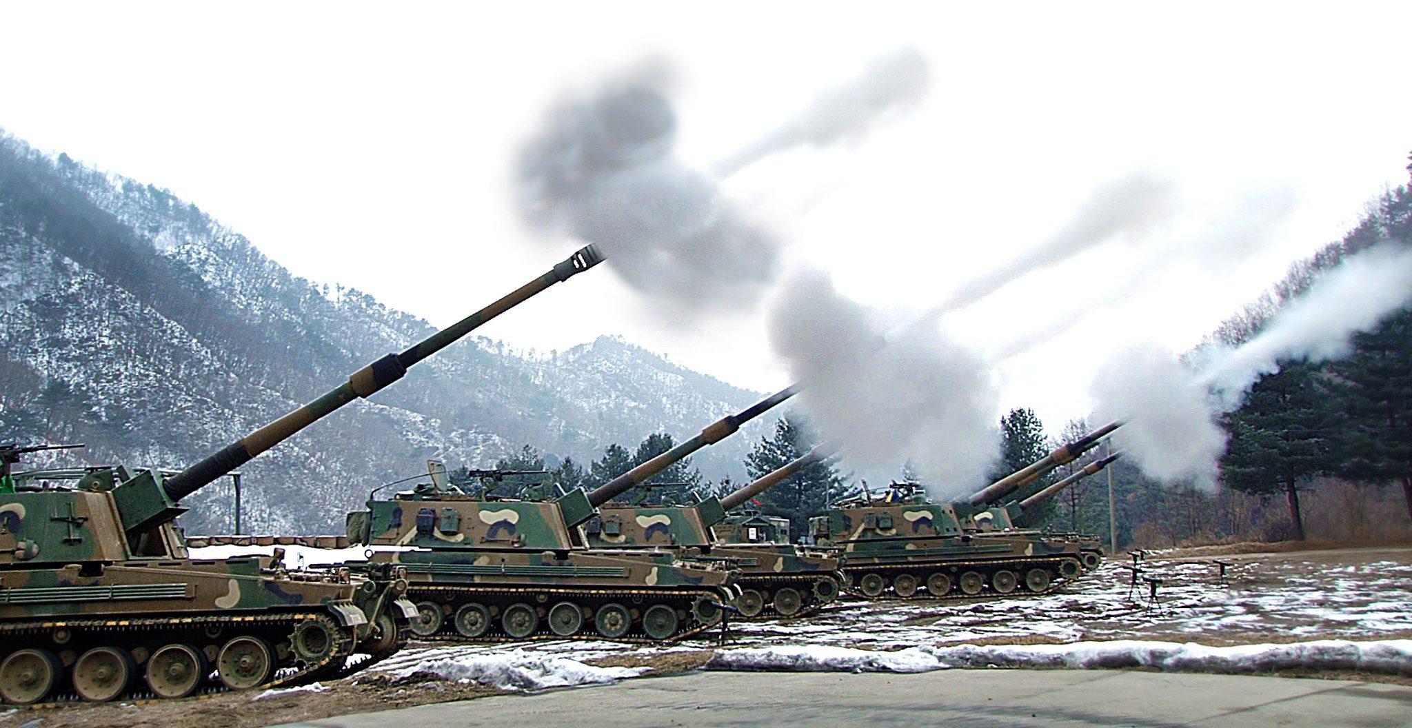Korea Południowa: ćwiczenia wojskowe na poligonie w Inje (foto. PAP/EPA/YONHAP)