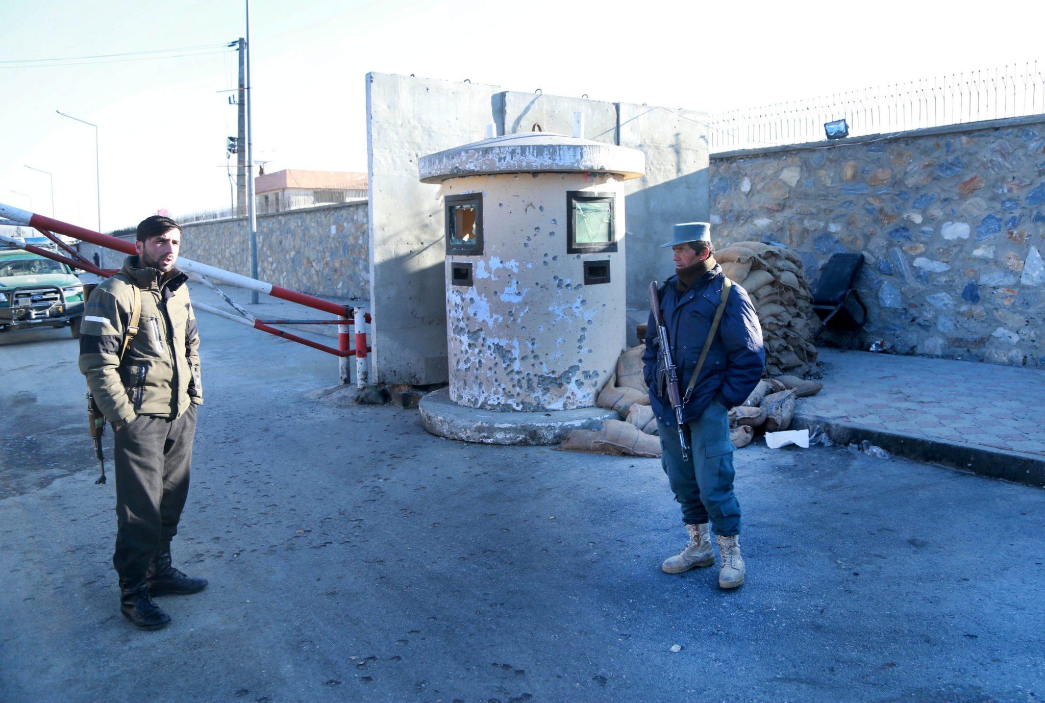 Afganistan: wzmożone kontrole wojskowe spowodowane groźbą ataku bombowego w Kabulu (foto. PAP/EPA/HEDAYATULLAH AMID)