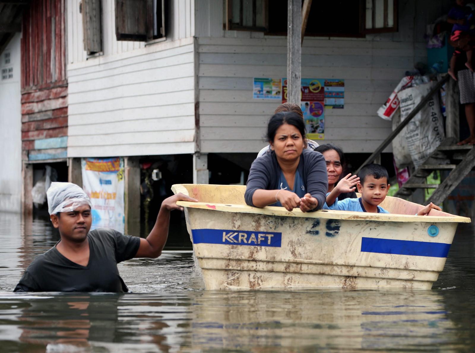 Powodzie w Tajlandii. EPA/STR THAILAND OUT