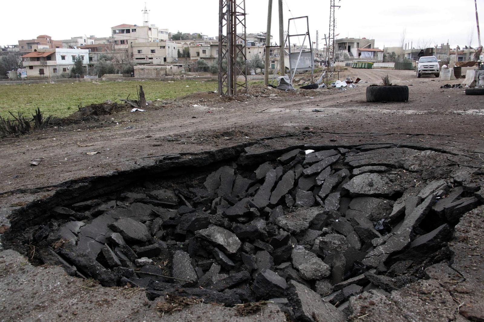 Atak bombowy w postaci samochodu pułapki w Damaszku. Fot. PAP/EPA/SANA HANDOUT