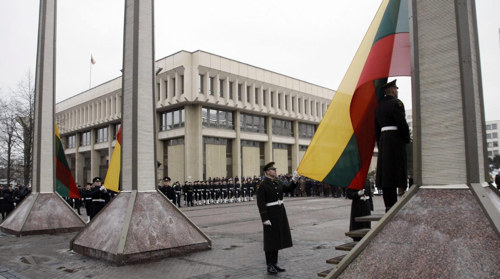 Litwa: upamiętnienie ofiar ataków sowieckich z 1991r. podczas Dnia Obrońców Wolności. Fot. PAP/EPA/STF LITHUANIA OUT