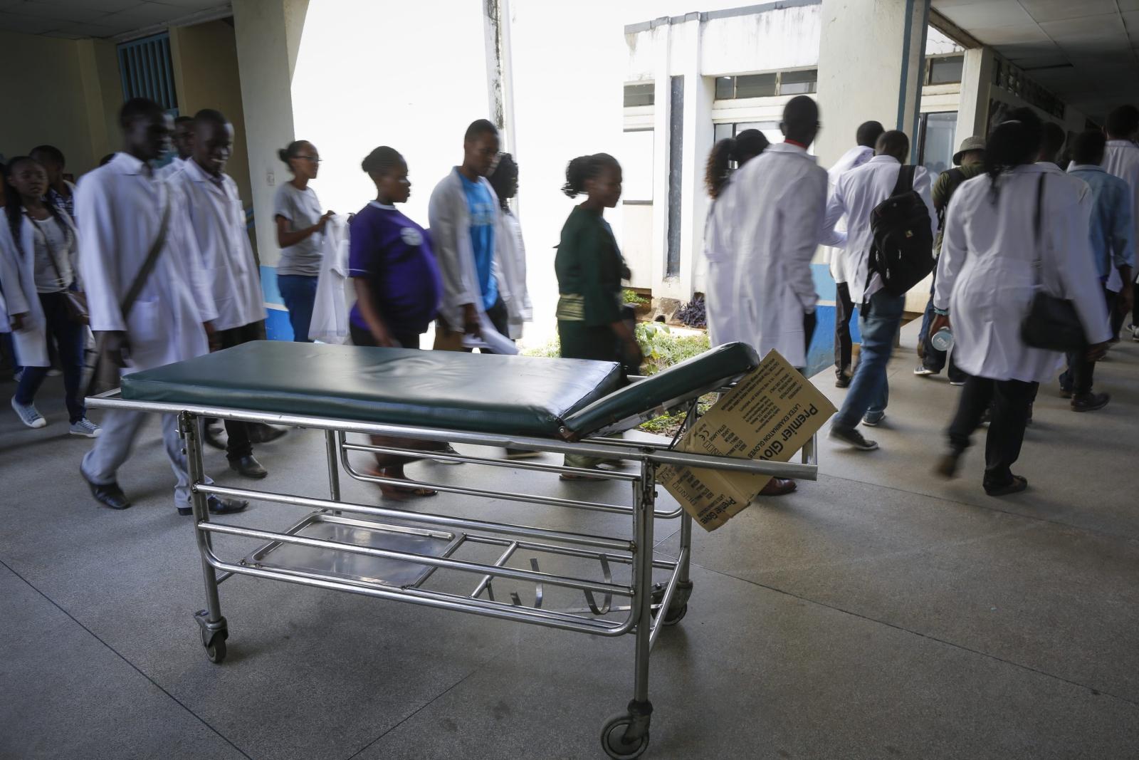 Kenia: strajk lekarzy. Fot. PAP/EPA/DAI KUROKAWA