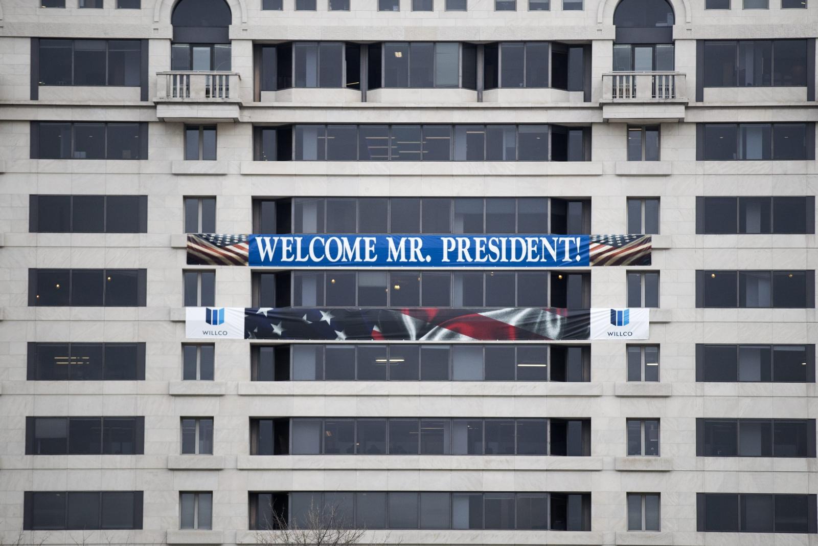 Stany Zjednoczone szykują się na uroczyste zaprzysiężenie na prezydenta przez Donalda Trumpa. Fot. PAP/EPA/SHAWN THEW