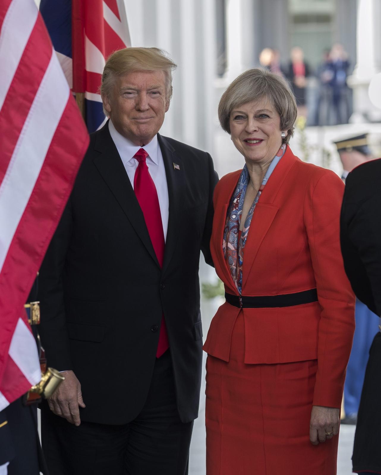 Spotkanie prezydenta USA Donalda Trumpa z premier Wielkiej Brytanii, Theresą May. Fot. PAP/EPA/SHAWN THEW