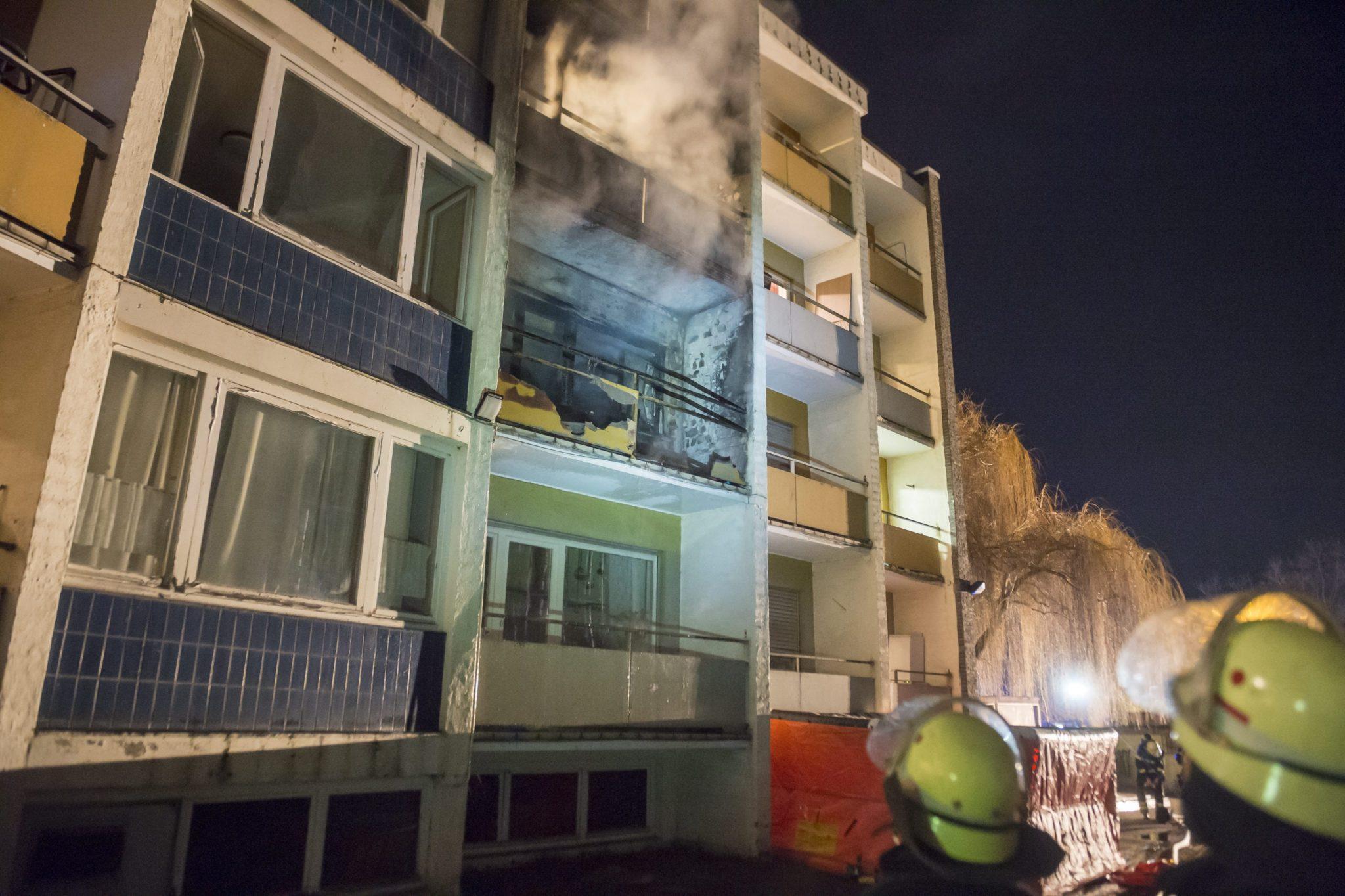 Niemcy: pożar w mieszkaniach socjalnych azylantów w Bad Homburg (foto. PAP/EPA/SVEN-SEBASTIAN SAJAK)