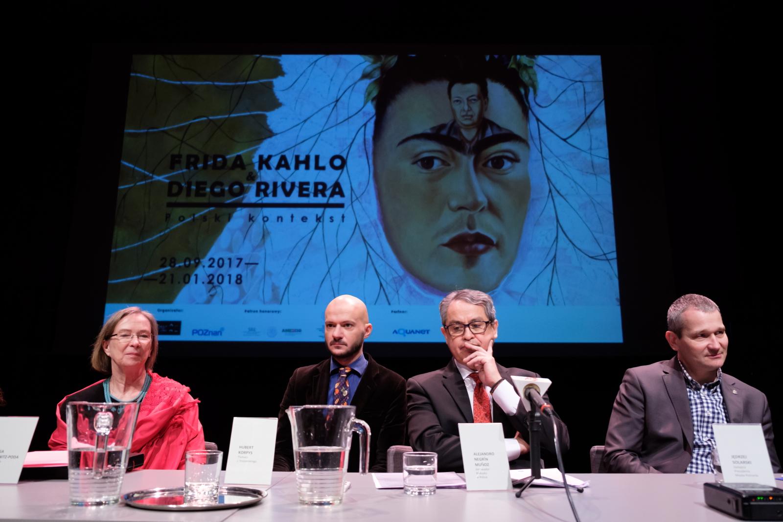 Ambasador Meksyku w Polsce podczas konferencji prasowej nt. wystawy