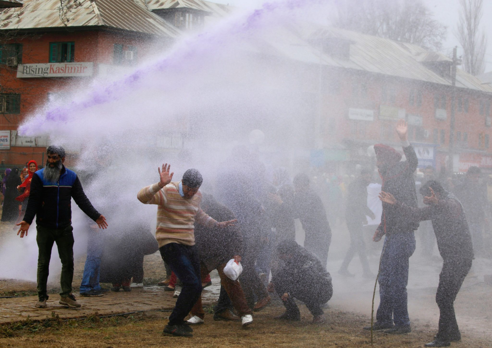 Indie: antyrządowe demonstracje w Sringar (foto. PAP/EPA/FAROOQ KHAN)