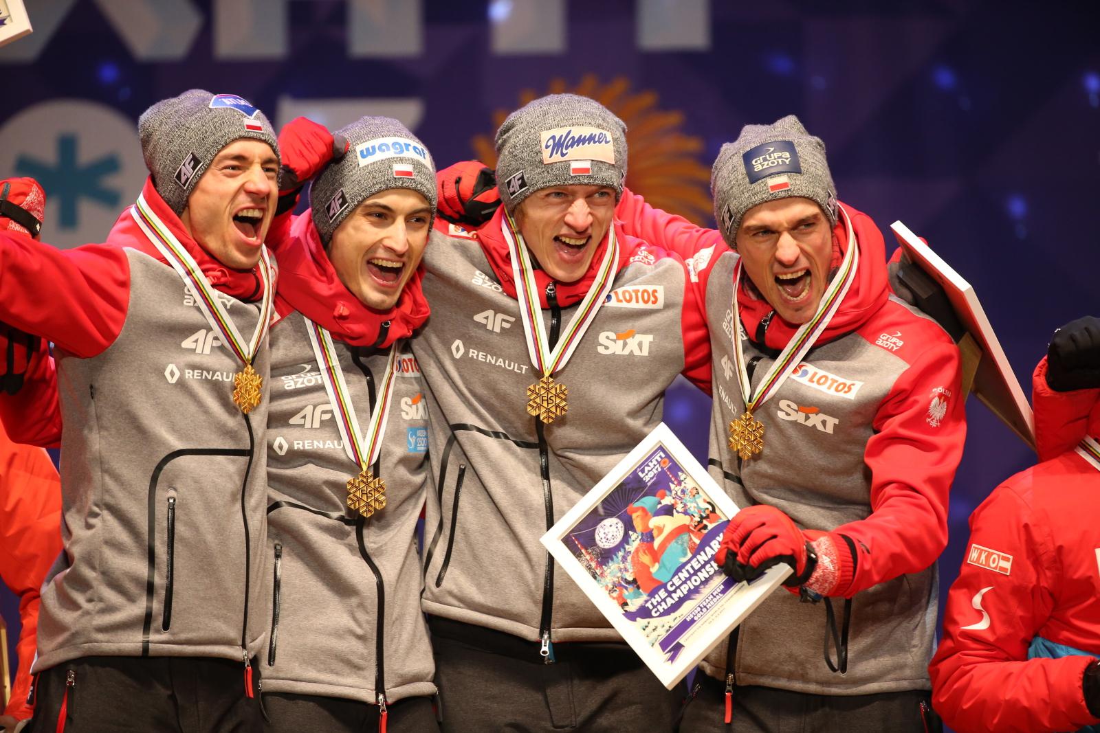 Drużynowi mistrzowie świata w skokach narciarskich na dużej skoczni.