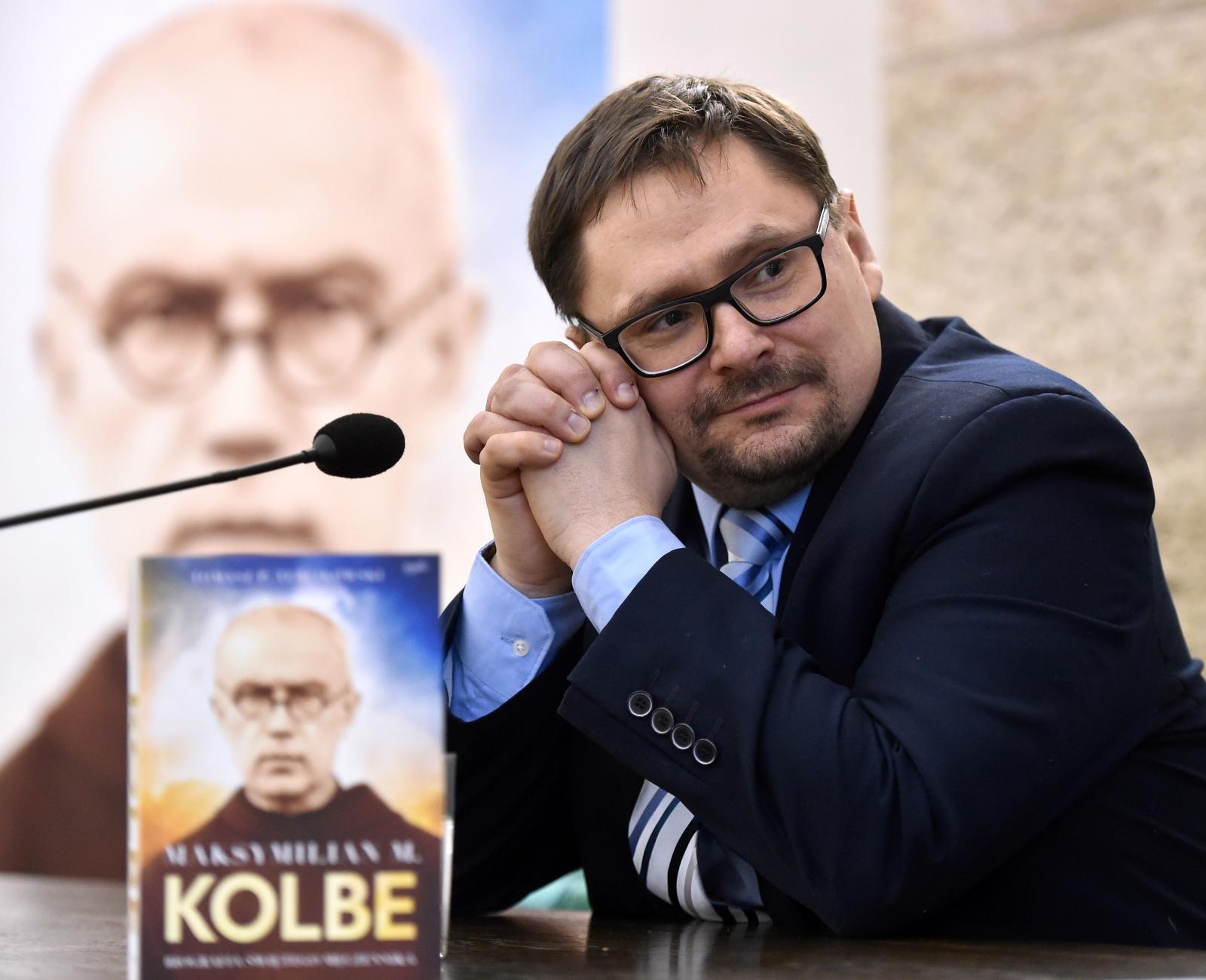 Redaktor Naczelny Telewizji Republika Tomasz Terlikowski podczas spotkania promującego biografię św. Maksymiliana Marii Kolbego