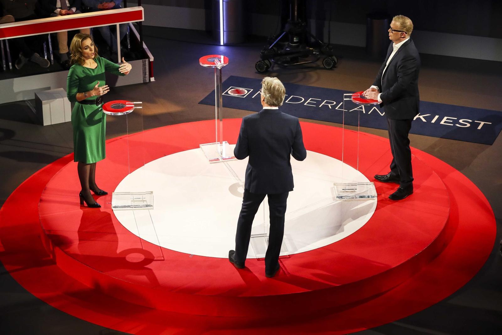 Debata między przedstawicielami partii politycznych przed jutrzejszymi wyborami parlamentarnymi w Holandii.,