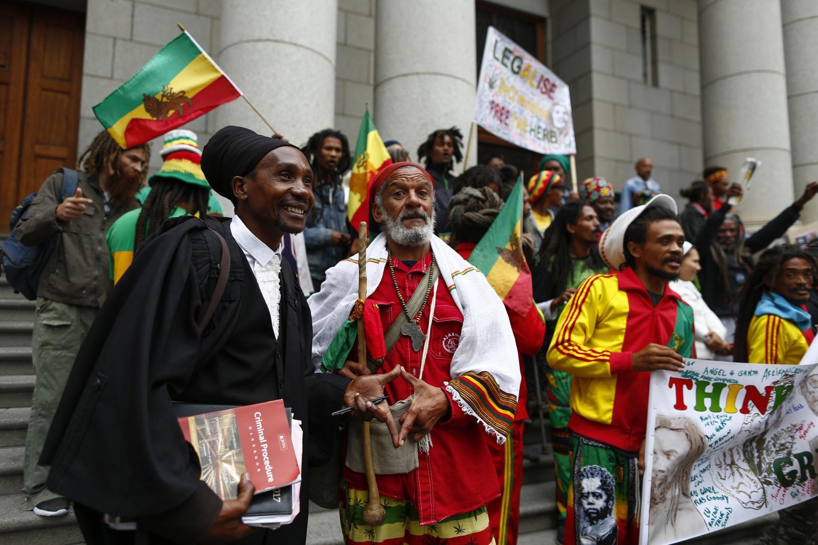 W RPA zalegalizowano kultywowanie, posiadanie i używanie marihuany. Fot. PAP/EPA/NIC BOTHMA