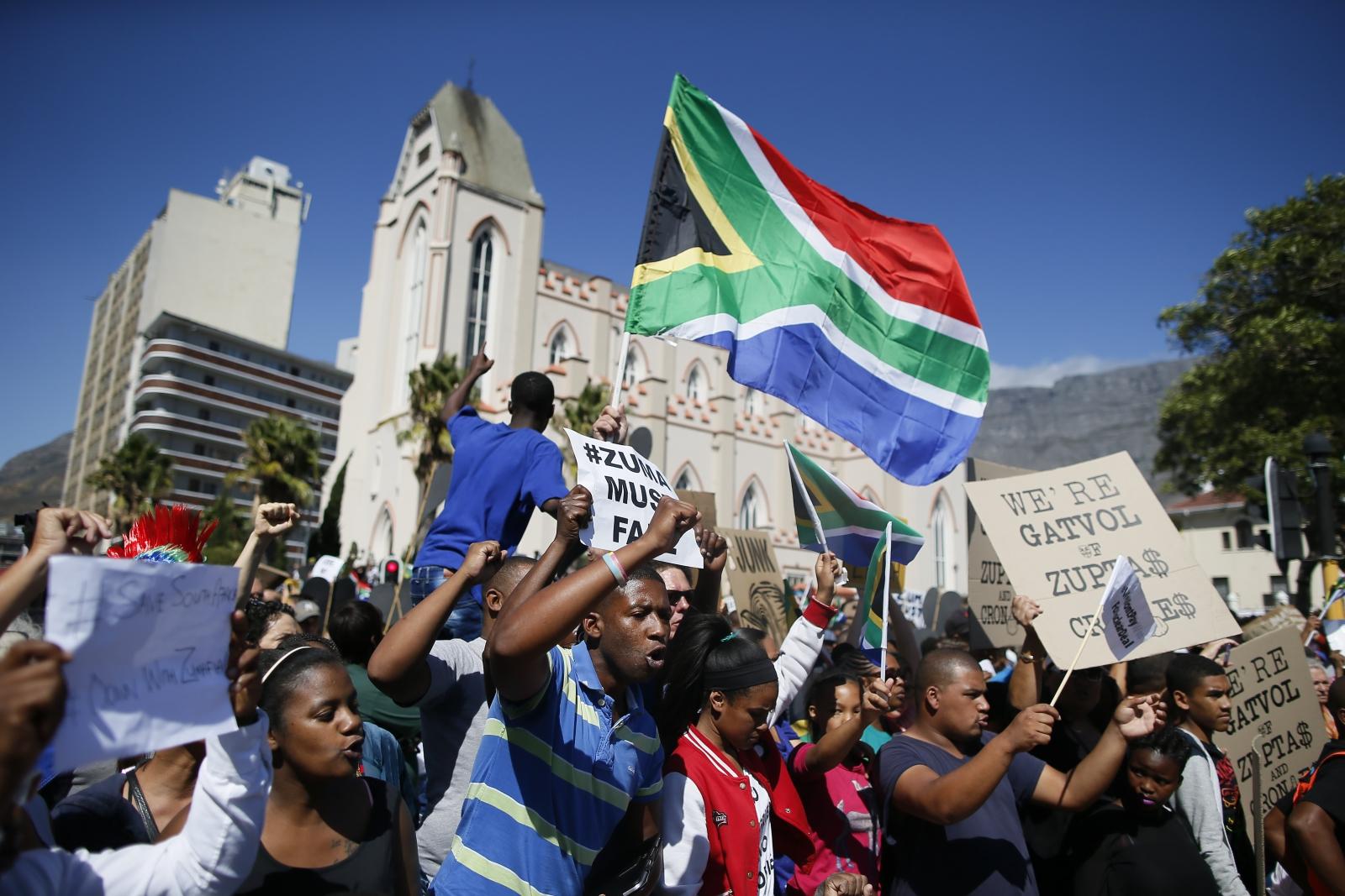 Protest w RPA przeciwko prezydentowi Jacobowi Zuma. Fot. PAP/EPA/NIC BOTHMA
