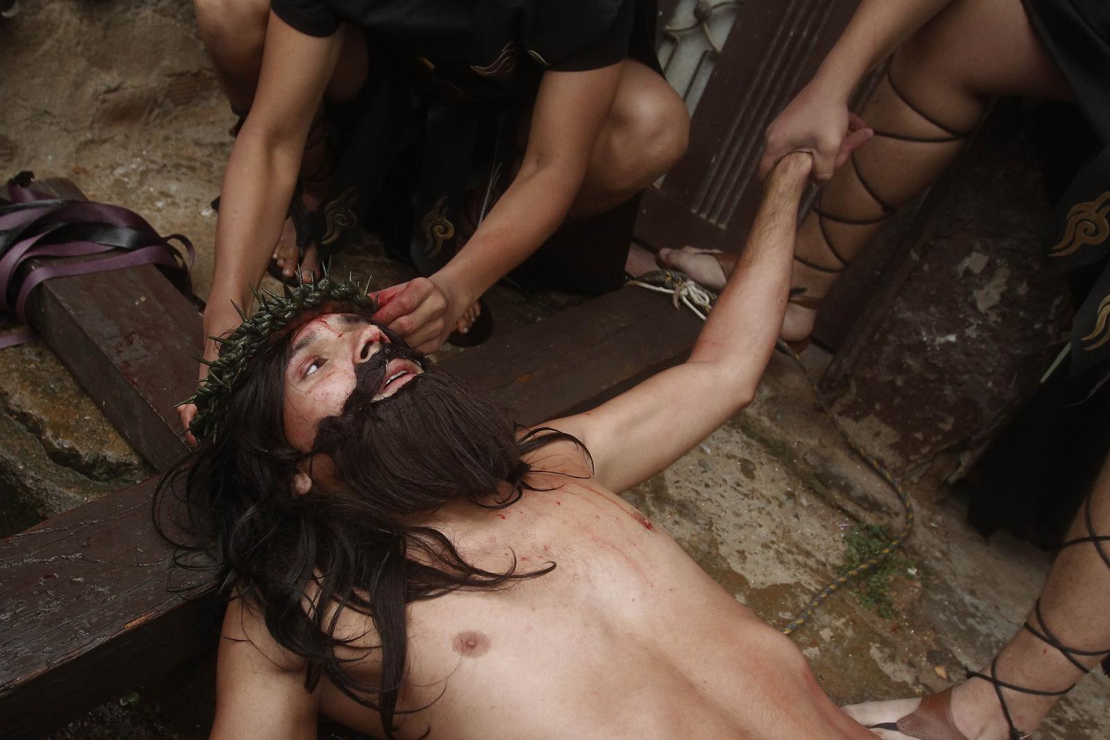 Kolumbia: rekonstrukcja Drogi Krzyżowej. fot. EPA/LUIS EDUARDO NORIEGA