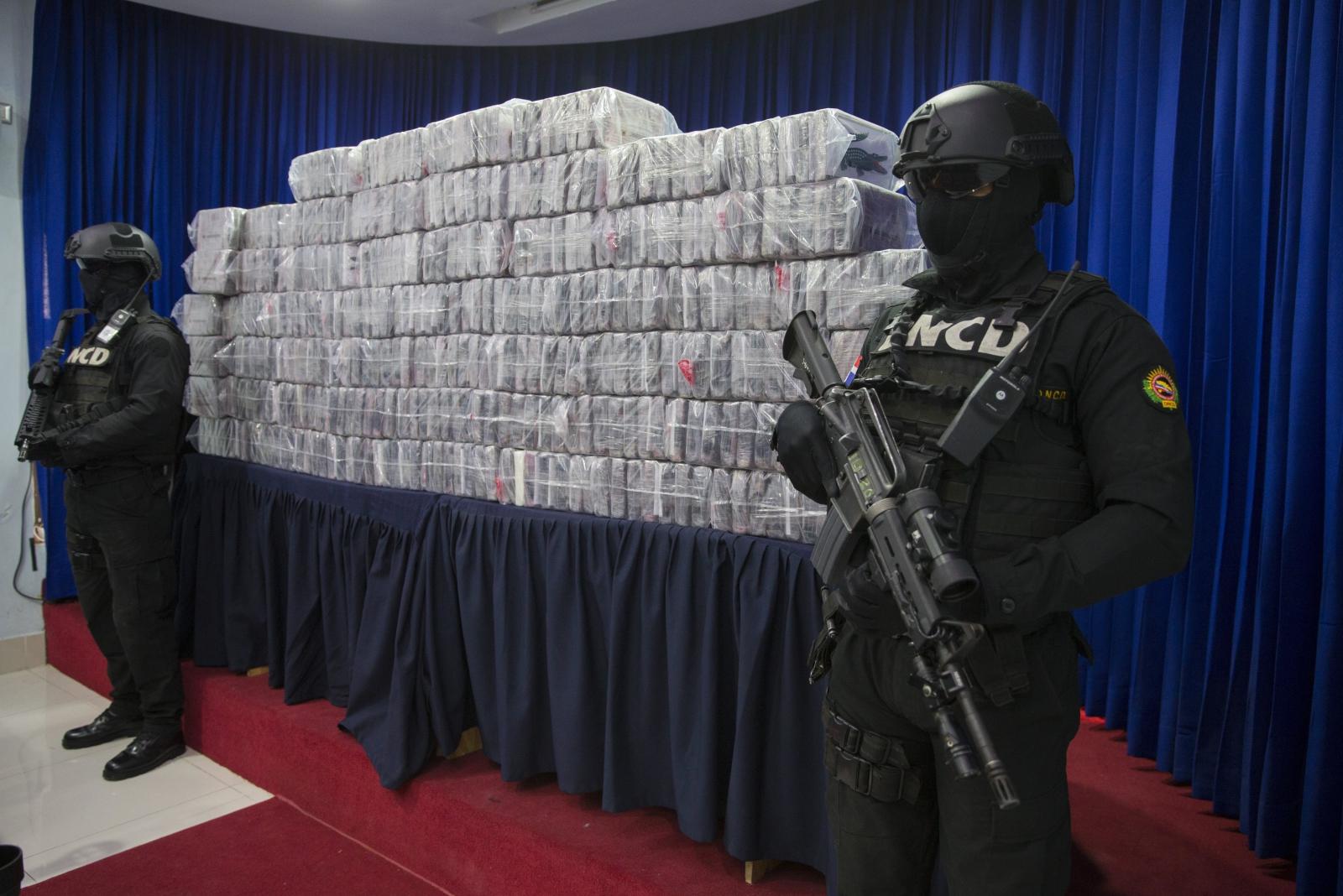 Znaleziono 390 opakowań narkotyków w Santo DOmingo w Republice Dominikany. Fot. PAP/EPA/Orlando Barria