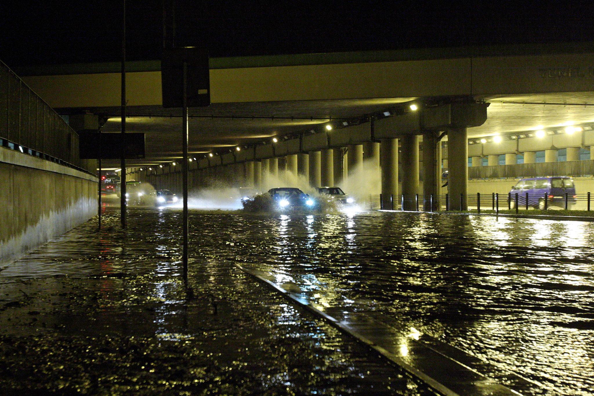 Polska: zalany tunel w Białymstoku (foto. PAP/Artur Reszko)