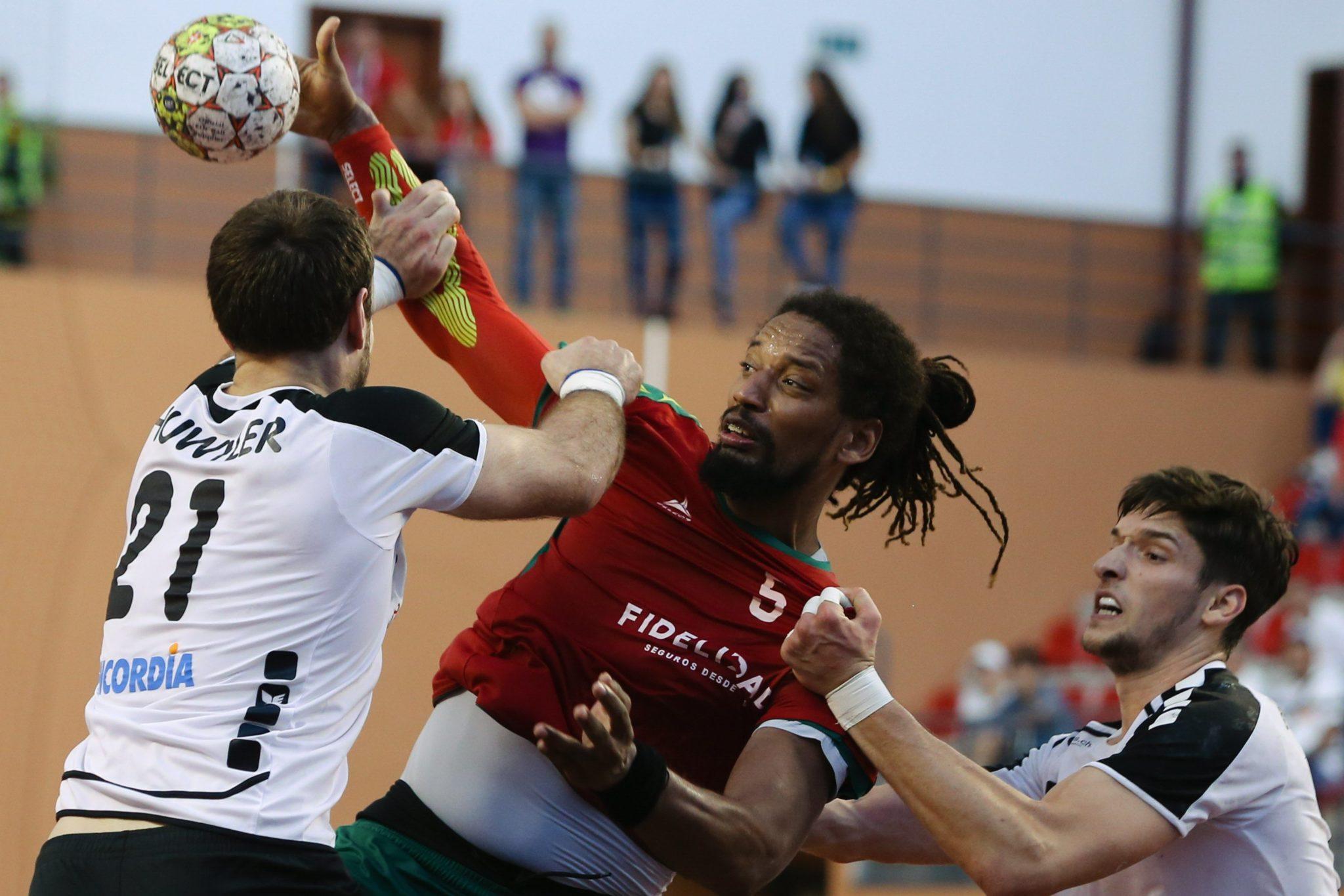 Portugalia: kwalifikacje do Mistrzostw Europy w Piłce Ręcznej. Mecz Porugalia-Szwajcaria w Louela (foto. PAP/PAP/Leszek Szymański)