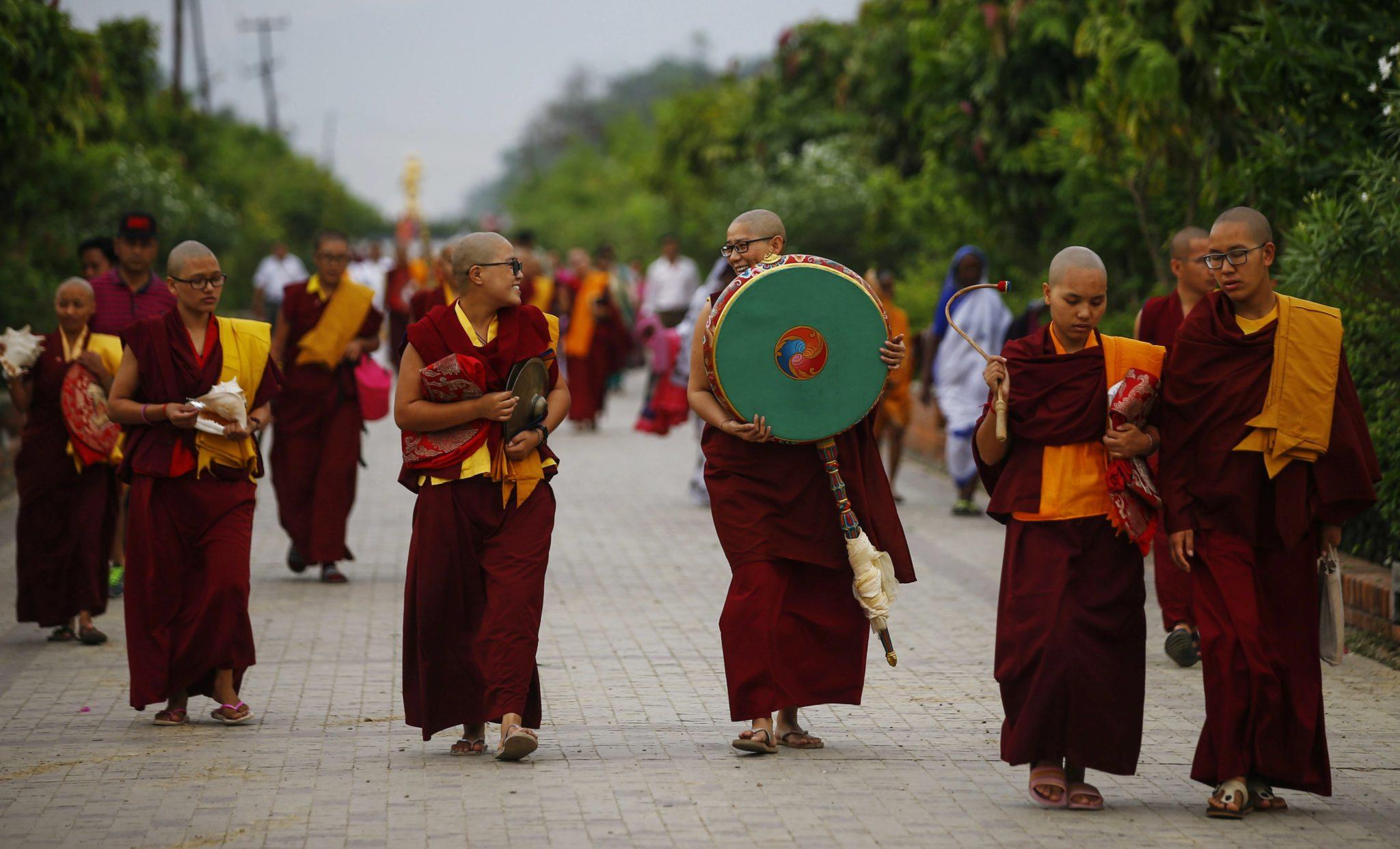 Nepal: uroczyste obchody urodzin Buddy w Lumbini (foto. PAP/EPA/NARENDRA SHRESTHA)
