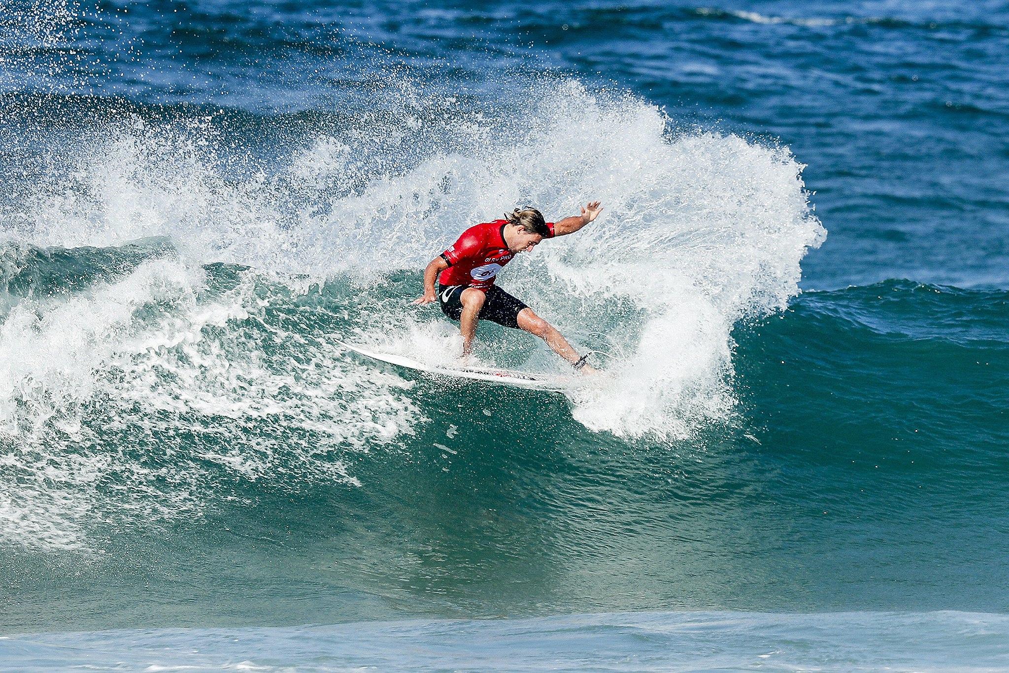 Brazylia: surfingowe zawody Oi Rio Pro w Rio de Janeiro (foto. PAP/EPA/DAMIEN POULLENOT)