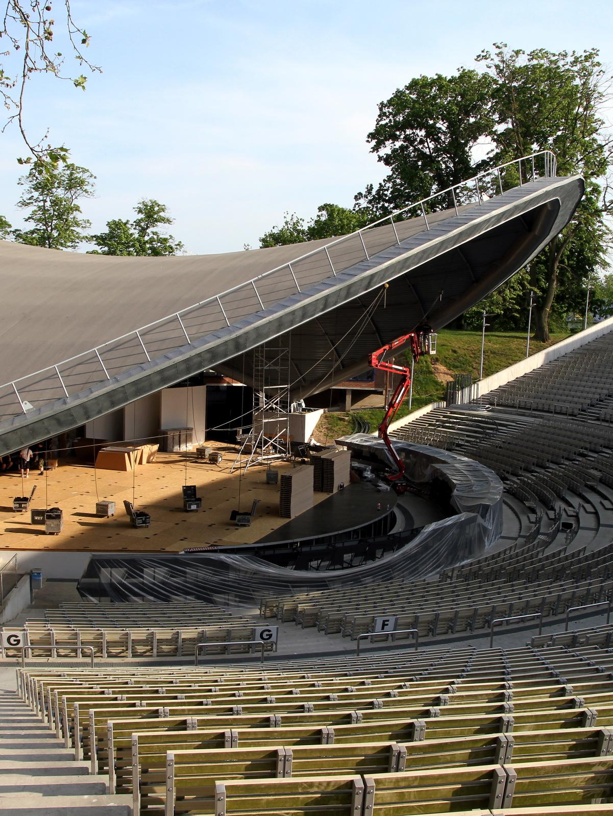 Amfiteatr w Opolu. Miasto Opole wypowiada umowę TVP dotyczącą organizacji 54. Krajowego Festiwalu Piosenki Polskiej w Opolu - poinformował prezydent Opola Arkadiusz Wiśniewski.