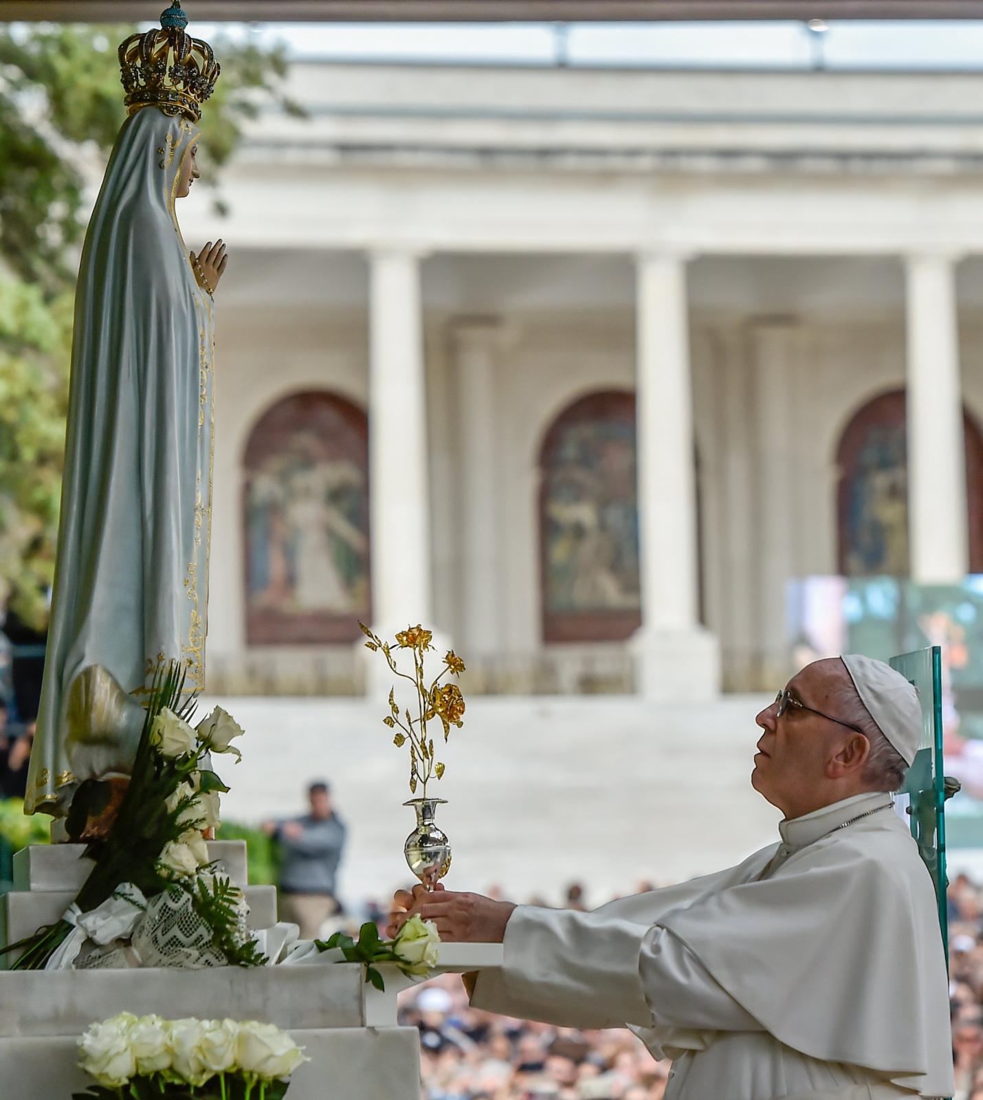 Papież Franciszek w Portugalii. fot. EPA/NUNO ANDRE FERREIRA