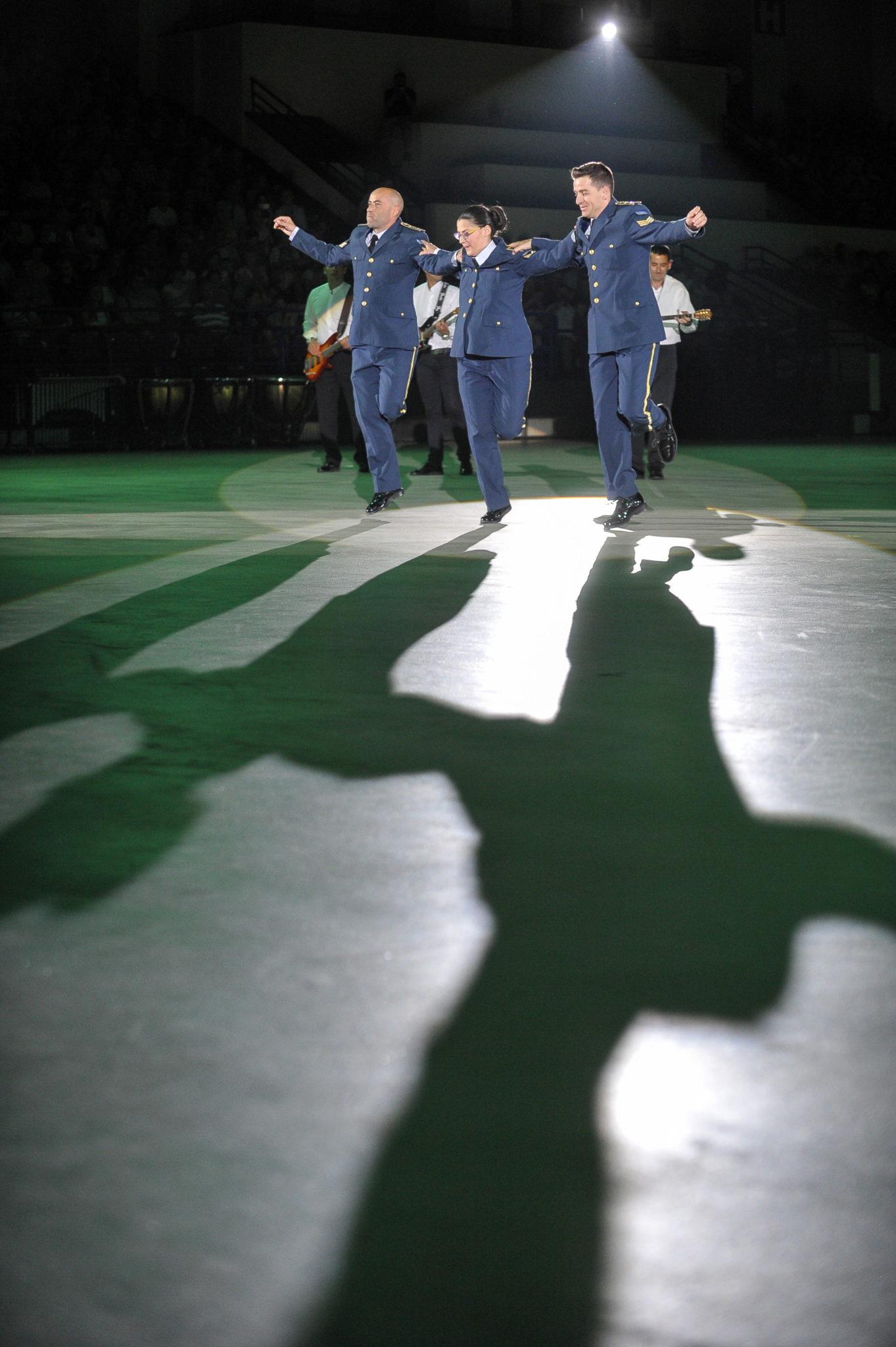 Warszawa, Koncert galowy na zakończenie 4. edycji Festiwalu Orkiestr Wojskowych, fot: PAP/Marcin Obara