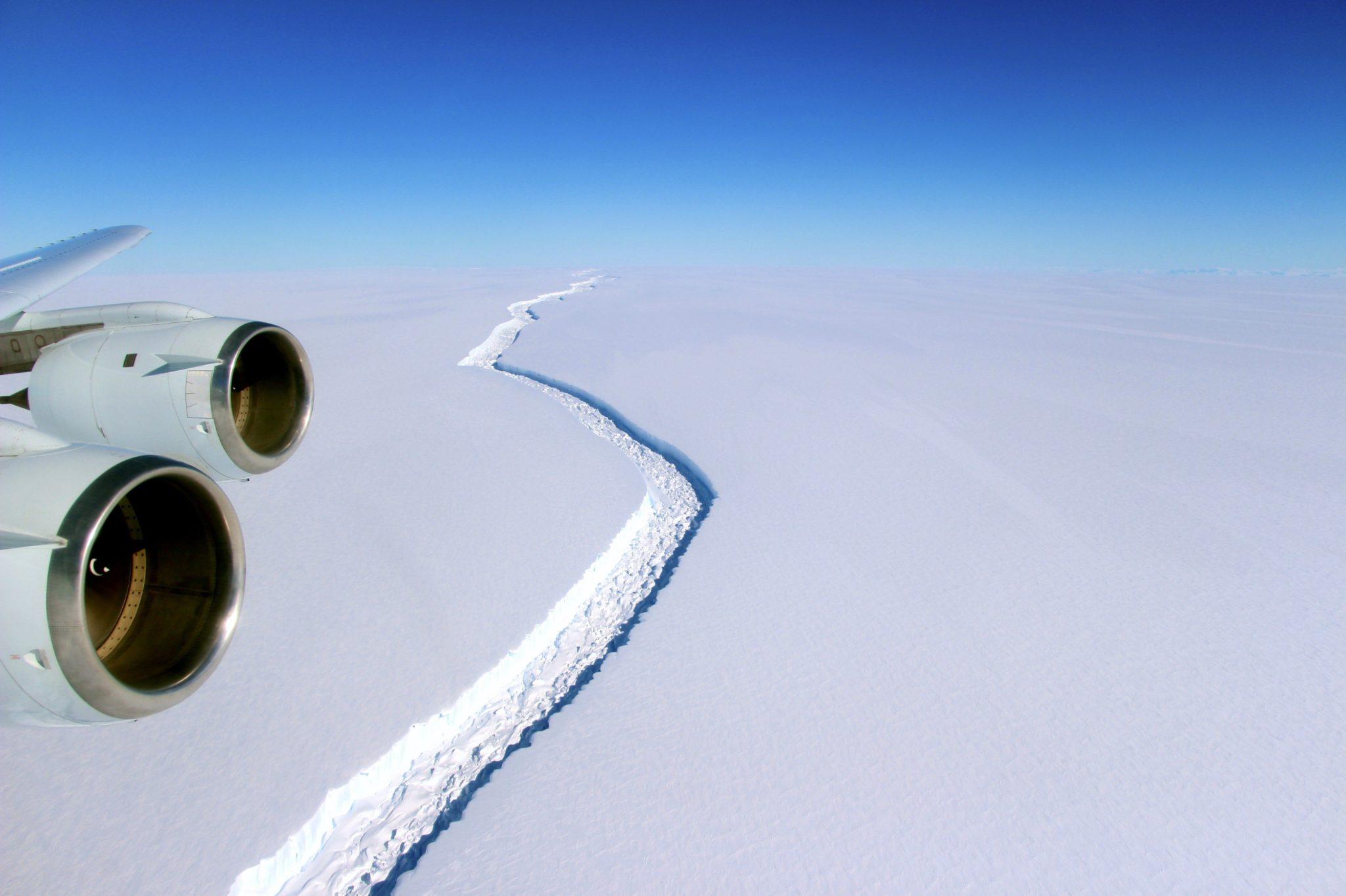 Antarktyda z lotu ptaka.