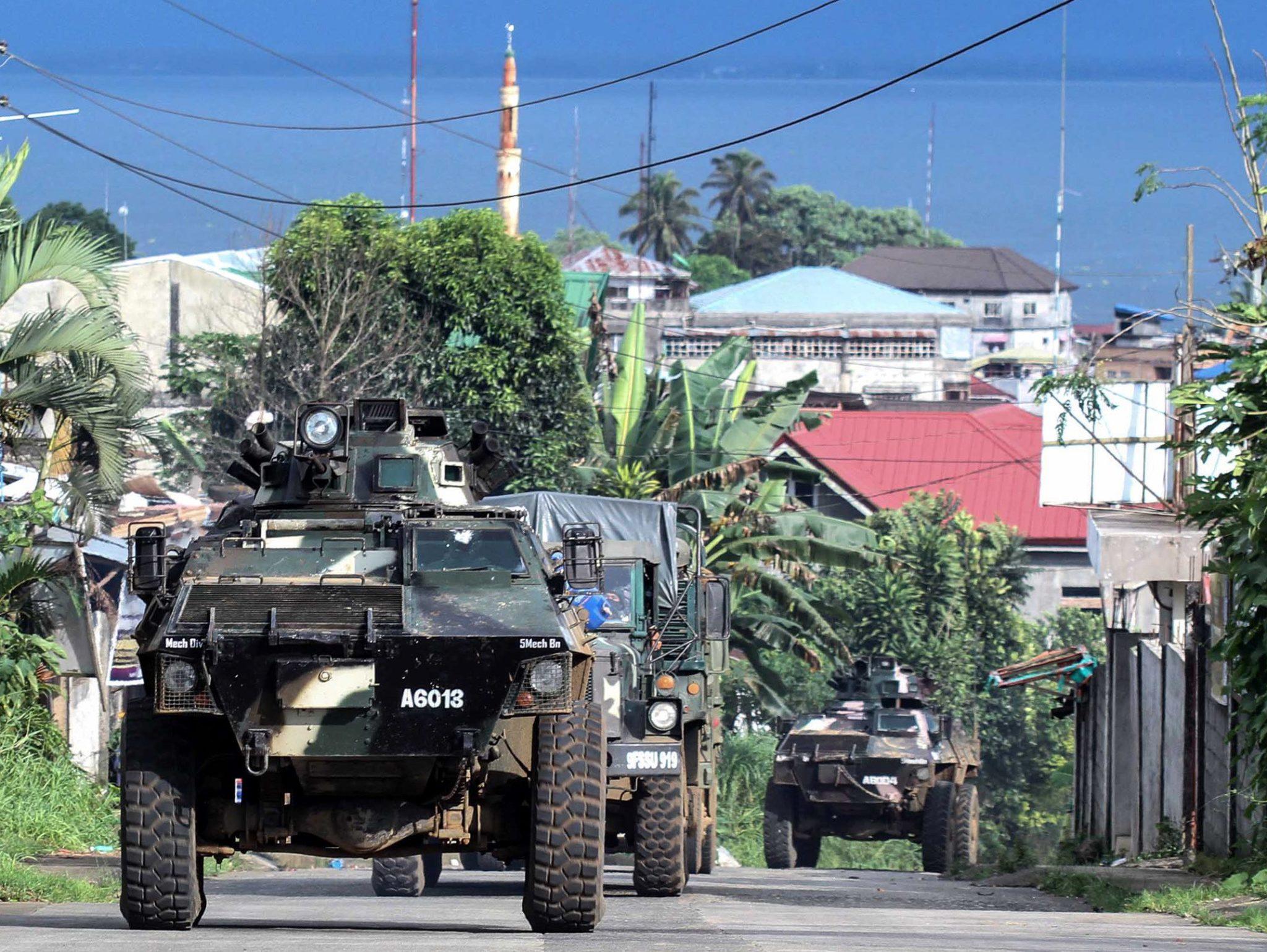 Walki pomiędzy rządową armią a bojówkami tzw. Państwa Islamskiego na Filipinach
