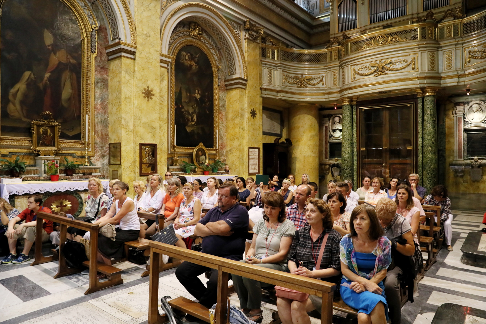 Rajd Papieski śladami Janawa Pawła II w Rzymie, fot: PAP/Grzegorz Gałązka