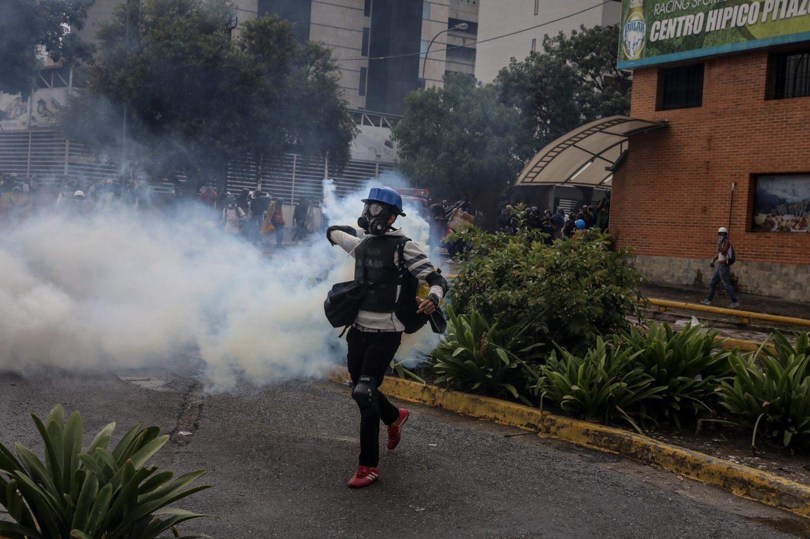 Dalszy ciąg protestów w Wenezueli, trwają one już trzy miesiące, Caracas, Wenezuela