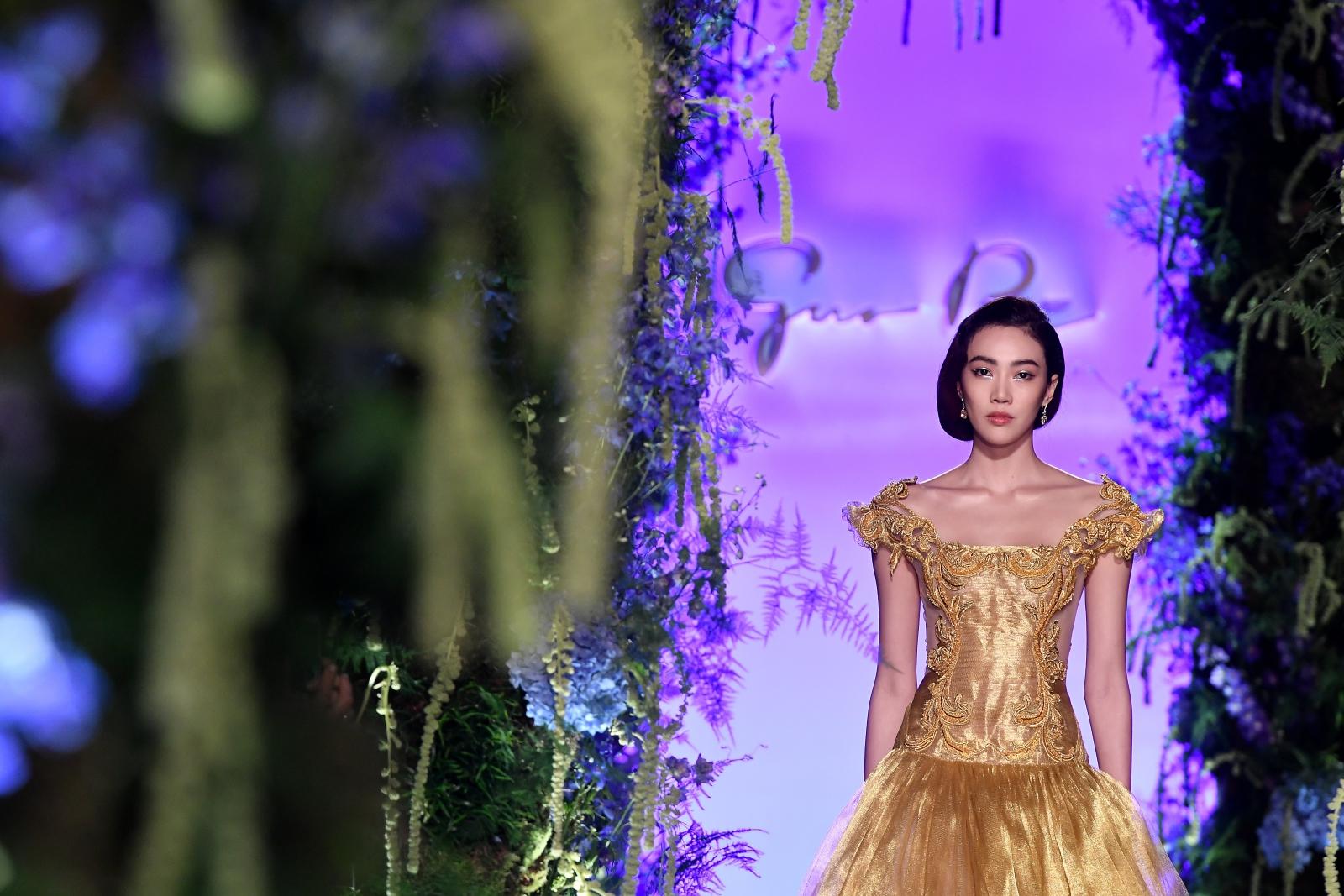 Fashion Week odbywa się właśnie w Paryżu