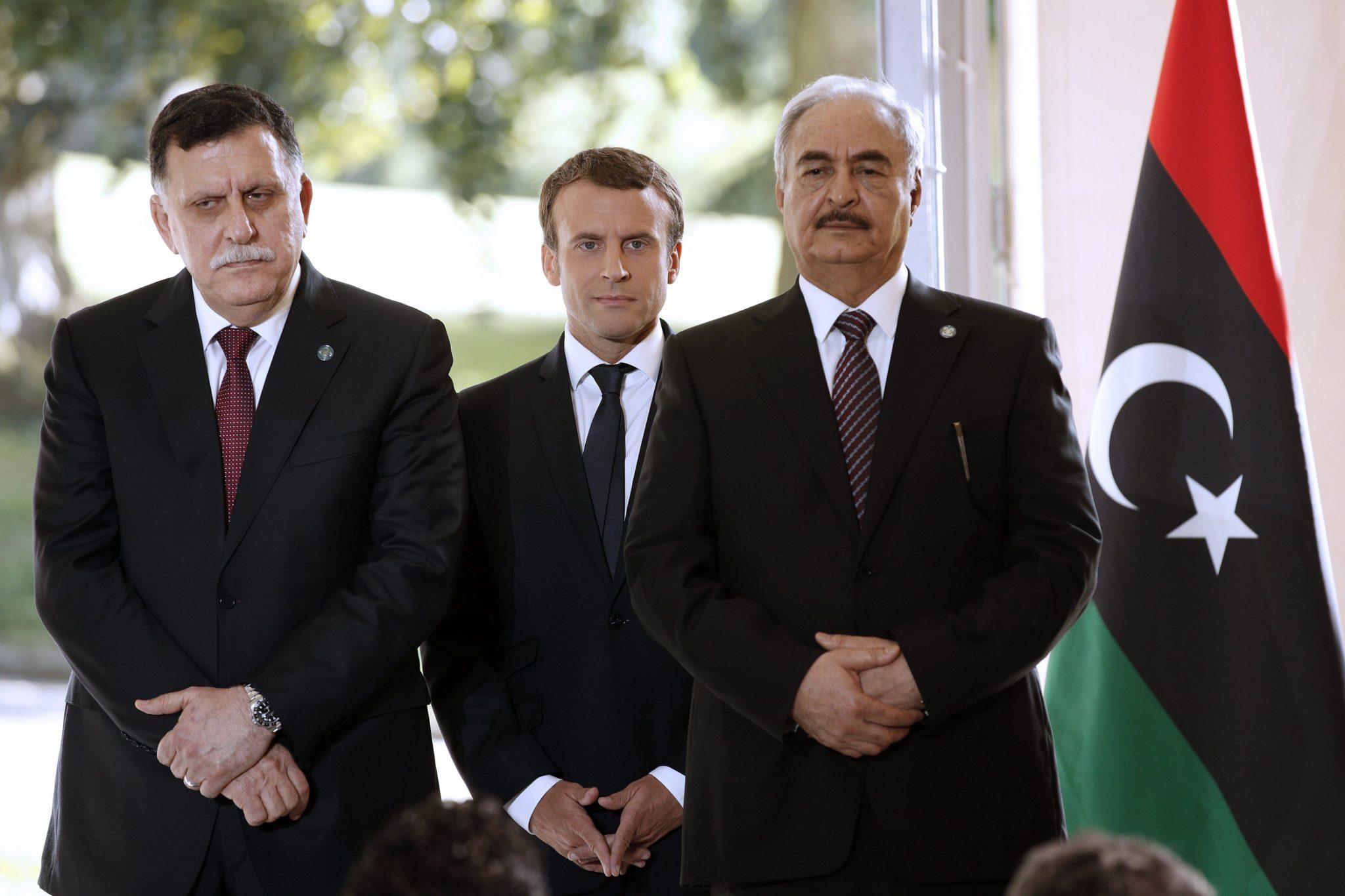 Rozmowy prezydenta Francji i premiera Libii. Porozumienie ws. wyborów na wiosnę, fot: Yoan Valat PAP/EPA