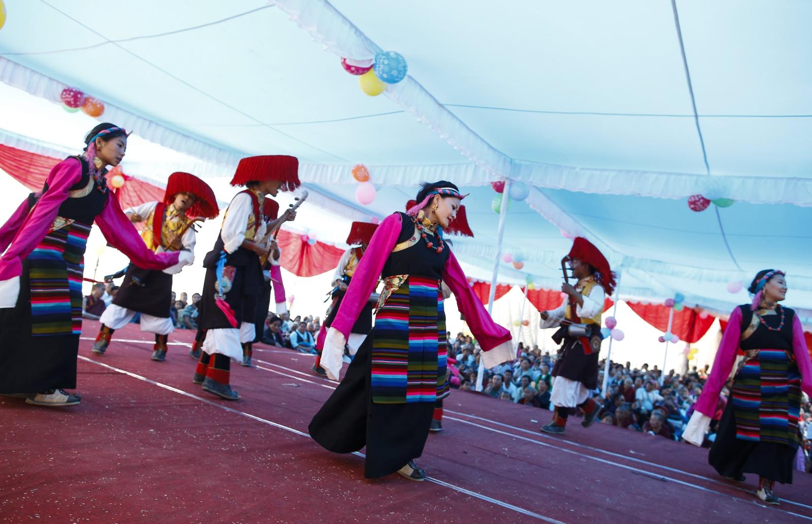 Obchody 82. urodzin Dalajlamy w Nepalu. Fot. EPA/NARENDRA SHRESTHA Dostawca: PAP/EPA.